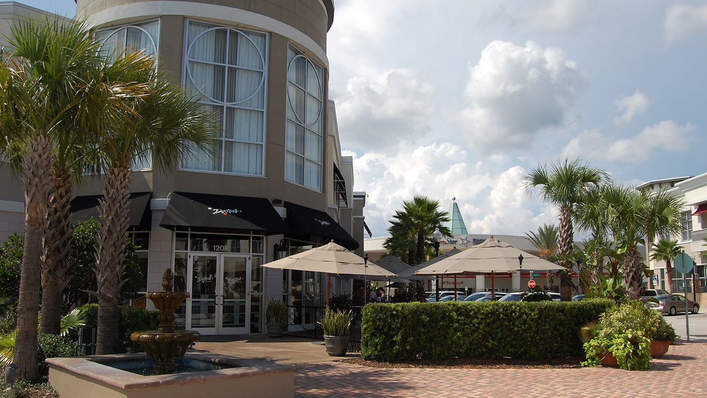 Colonial Town Park's Life Style Center features a walkable environment where retail shops, office buildings, and multi-family units are all within a comfortable distance of one another.