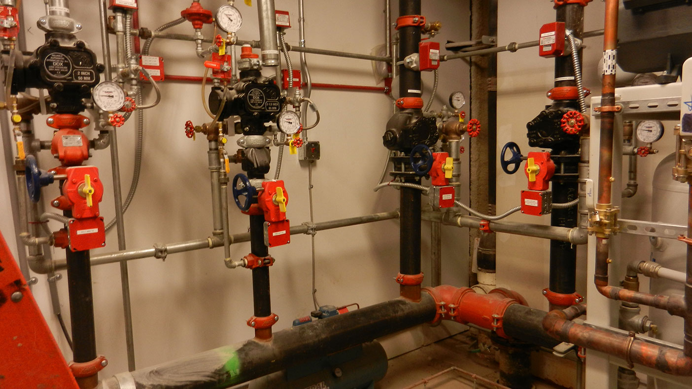 For this fast-track design, we provided mechanical, electrical, plumbing, medical gas, fire protections, site/civil, and structural engineering services.