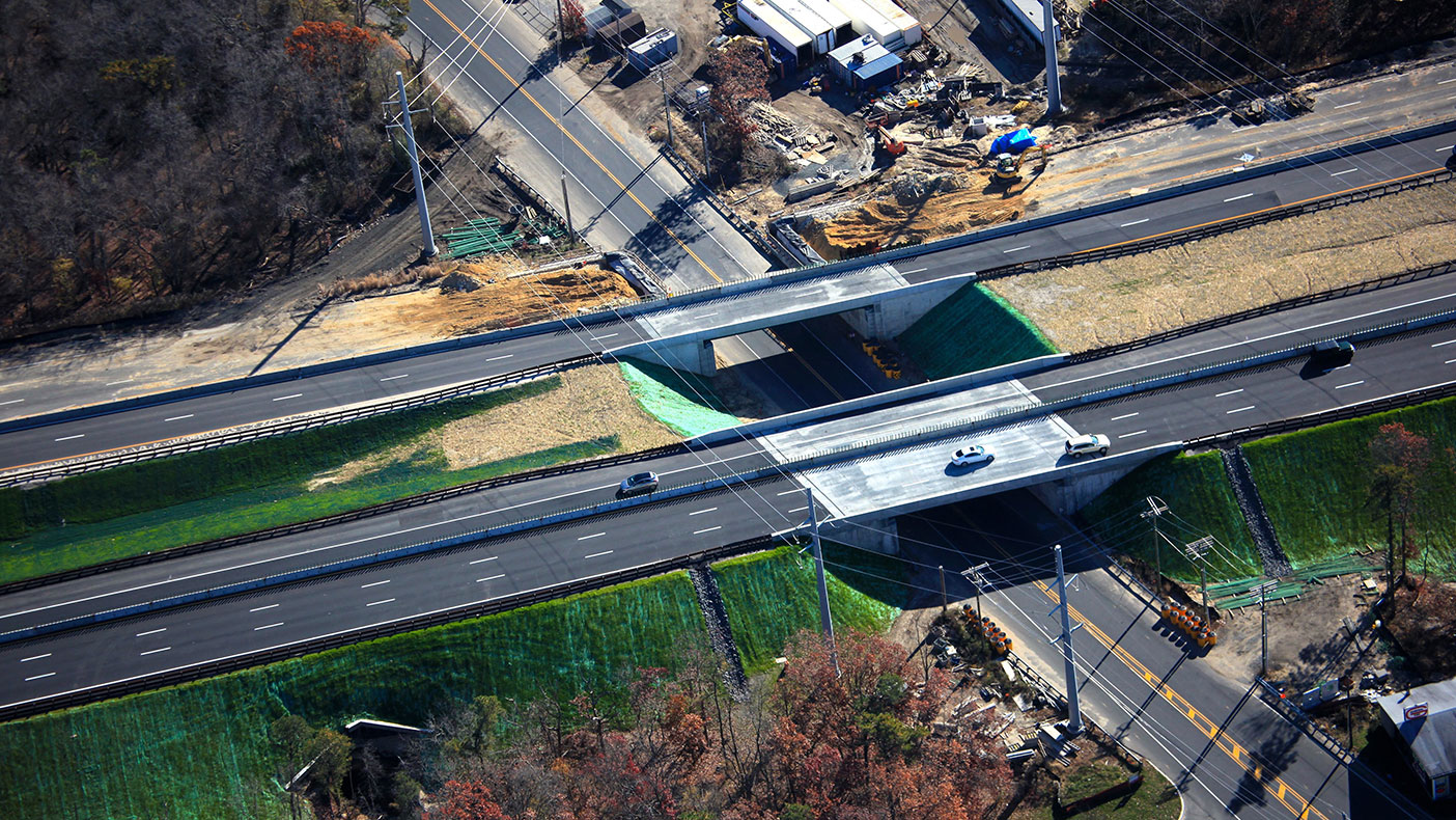 The purpose of the $330 million project is to improve safety and enhance emergency response along this section of the Garden State Parkway by increasing the shoulder width.
