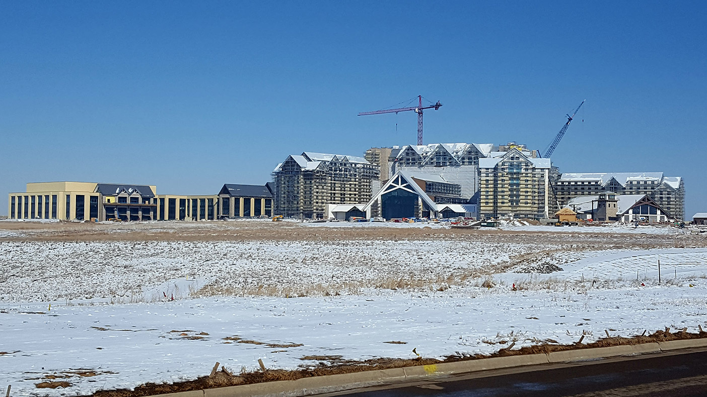 The project was the largest hotel under construction in U.S. at the time.