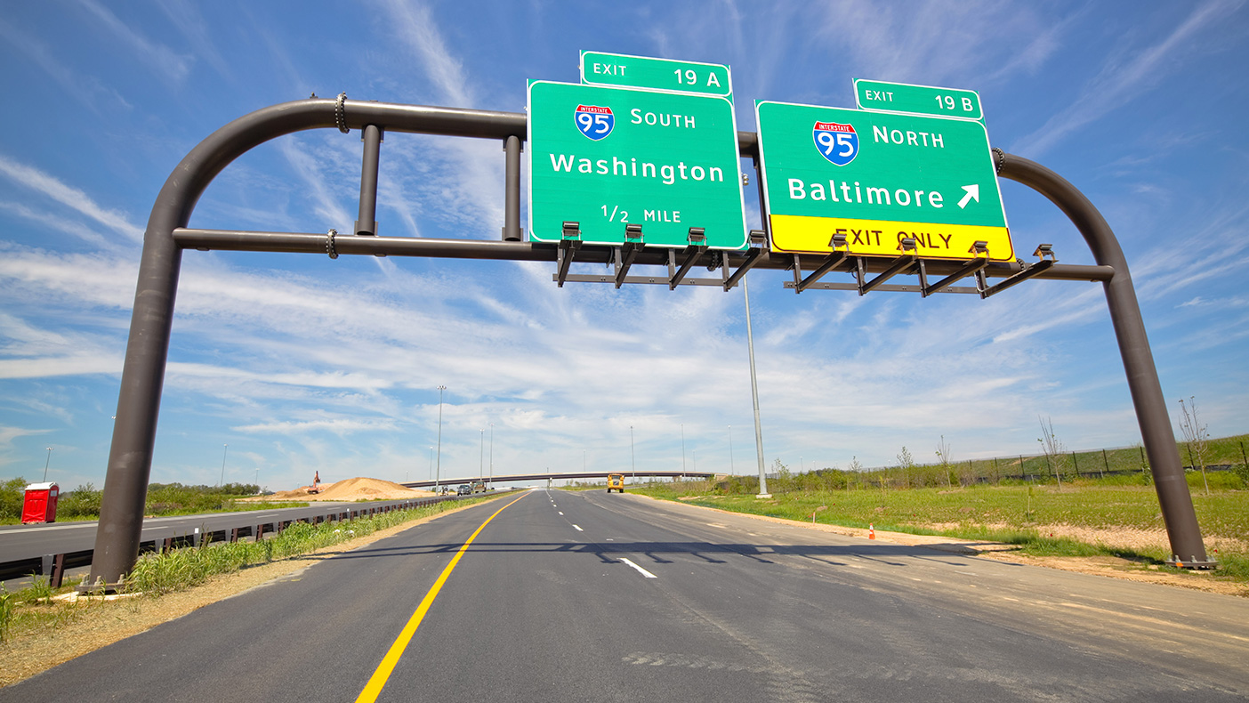 The $513.9 million design-build Intercounty Connector involved 3.8 miles of six-lane roadway, more than 20 bridges, and interchanges with state routes and Interstate 95 in Maryland.