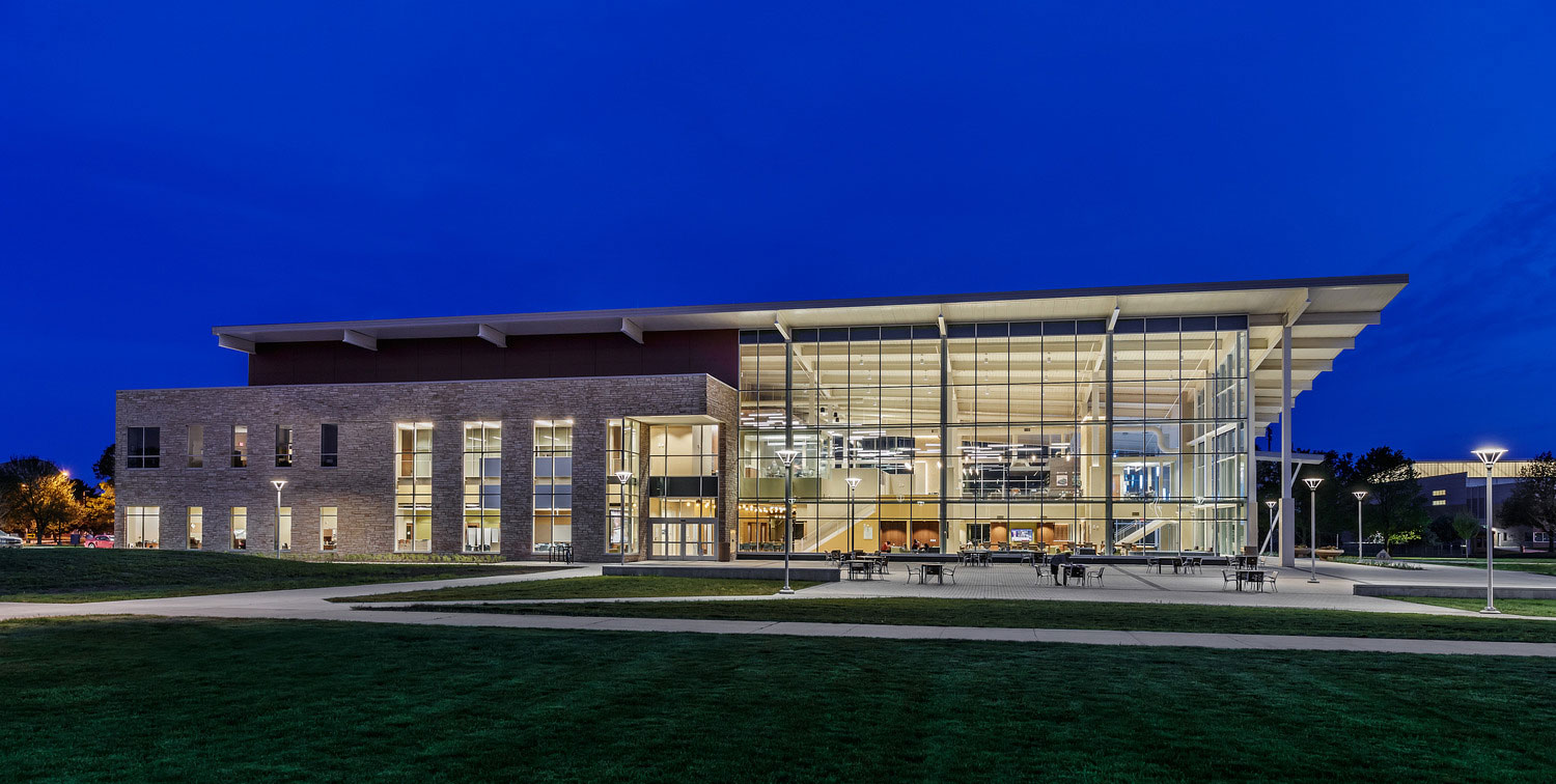 """The """"Student Life Plaza"""" creates opportunity for outdoor programming and large campus events. Photo courtesy of Dewberry. Mark Ballogg, photographer."""