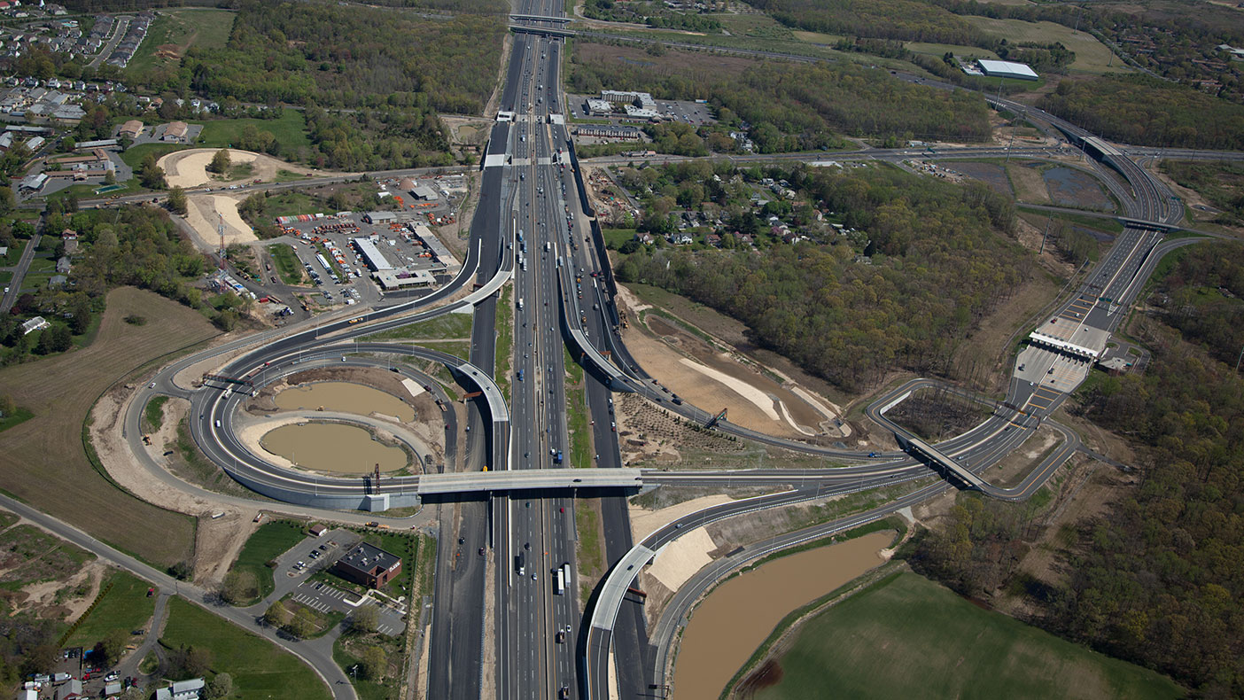 Preliminary design of the Interchange 6 to 9 Widening Program begin in 2005, construction in 2009, and the new roadways officially opened to traffic in 2014.