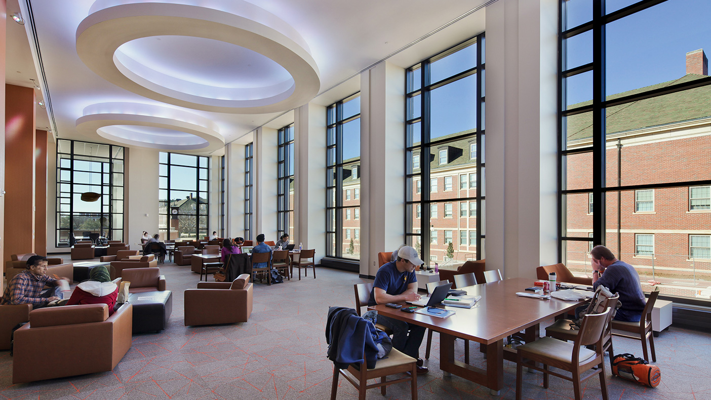 Dedicated to OSU's mission of teaching, research, and outreach, the new student union provides a creative and innovative learning environment with modified meeting and conference rooms, lecture halls, and auditoriums.