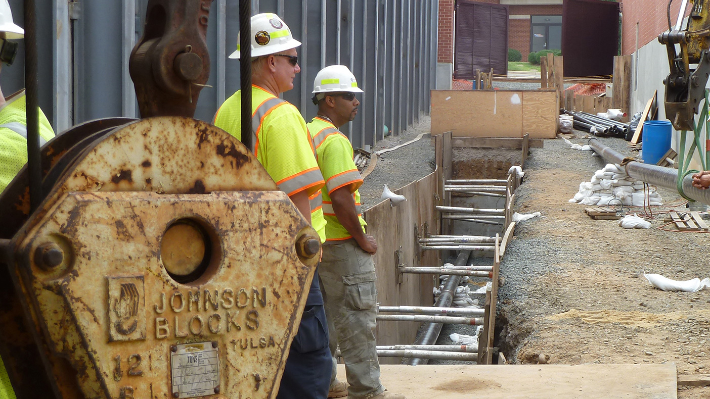 This project included four miles of underground 230 kV transmission line running throughout Arlington and Fort Myer.