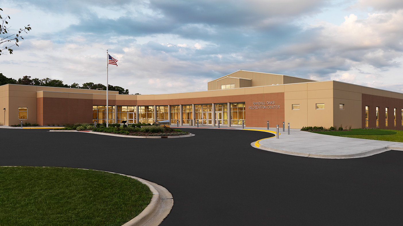 To maximize usable space in the facility, the mechanical system is located on the roof and screened with metal panels. A cool roof contributes to the health of the community, building occupants, and the park district's energy savings.