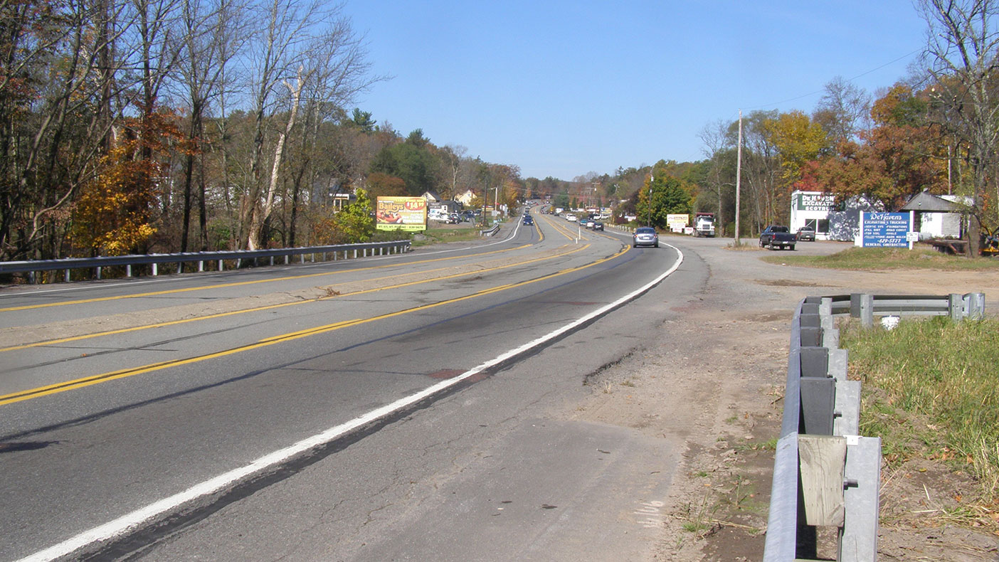 Smart transportation principles enabled the roadway to be right sized for three lanes rather than five while still improving traffic flow.